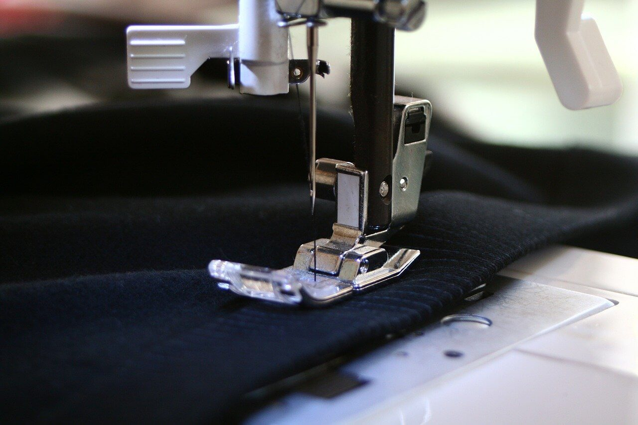 best lining fabrics for your clothes canvas etc sewing machine