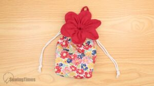 flowerpouch_sewingtimes_20-fabric crafts for your best friend